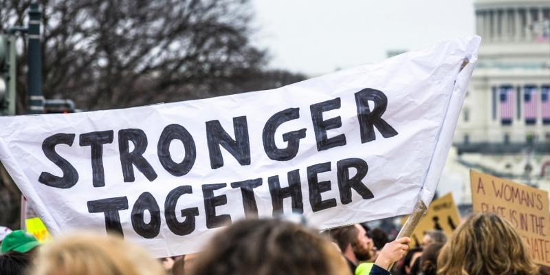 filia-stronger-together